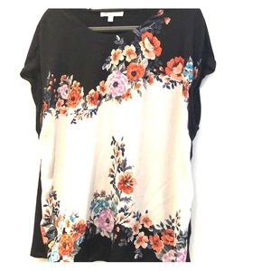 Flowery casual blouse